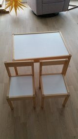 Ikea table and chairs for kids in Stuttgart, GE