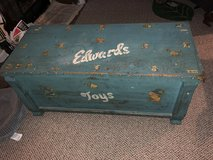 Antique toy ceder chest vintage in Elizabethtown, Kentucky