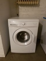 2 yr old Amica Washer like new in Wiesbaden, GE