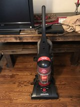 Vacuum Cleaner- Bissell in Pleasant View, Tennessee