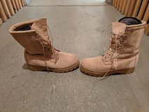 Cold Weather Boots Size 8W (2 sets of inserts) in Wiesbaden, GE