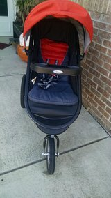 Graco running stroller in Camp Lejeune, North Carolina