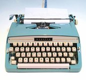 WANTED: Vintage Portable Manual Typewriters in Fort Campbell, Kentucky