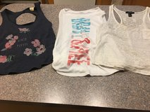 Tween small summer clothes in Naperville, Illinois