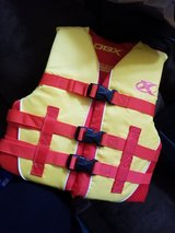 Youth life vest (50-90lbs) in Schofield Barracks, Hawaii
