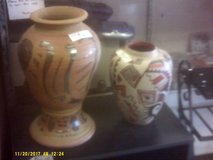 Smaller vase still available. in 29 Palms, California