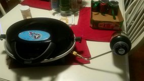 titans logo tailgate gas grill in Fort Campbell, Kentucky