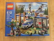 4440 LEGO City Police Forest Station (UNOPENED) in Wiesbaden, GE