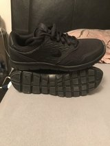 nikes size 6.5y in Fort Leonard Wood, Missouri