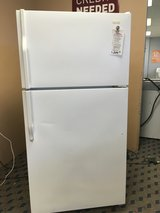 Magic Chef White 21 cf Refrigerator - USED in Tacoma, Washington