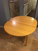 "Crate & Barrel 44"" Round Extension Table in Joliet, Illinois"