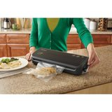 IOB New FoodSaver FM2000 Vacuum Sealing System Kitchen Refrigerator Dinner Lunch Sealed in Kingwood, Texas