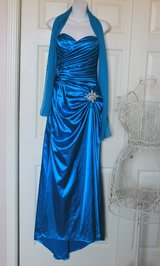 Gorgeous Gown Evening Dress Sz S in Baumholder, GE