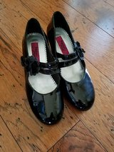 Girls Patent Leather Dress Shoes, Size 3 in Fort Campbell, Kentucky