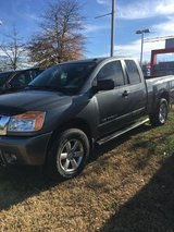 2014 NISSAN TITAN KING CAB 4X4 in Fort Campbell, Kentucky