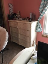 girls white bedroom set in Joliet, Illinois
