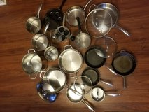 Wolfgang Puck Bistro Elite Collection cookware in Camp Lejeune, North Carolina