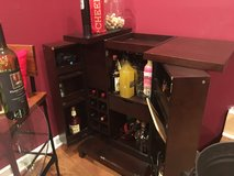 Bar cabinet in New Lenox, Illinois