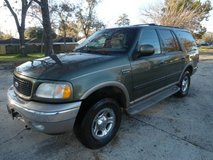 3rd row SUV Ford Expedition loaded in Kingwood, Texas