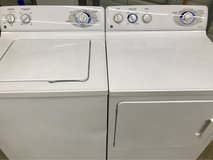 GE Matching Washer and Dryer Set in Clarksville, Tennessee