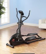 NEW BALANCE 9.0 ELLIPTICAL TRAINER in Heidelberg, GE