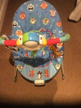 BABY BOUNCER & LGE GRACO SWING in Lakenheath, UK