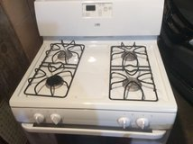 Whirlpool gas range/stove in Sandwich, Illinois