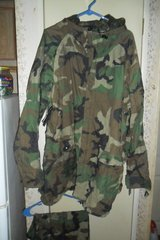 size Large improved rain suit in Fort Campbell, Kentucky