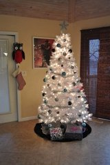 beautiful 7' white tree with the bulbs pictured! in Fort Leonard Wood, Missouri