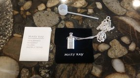 Mary Kay Fragrance Pendant in Glendale Heights, Illinois
