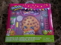 BRAND NEW!! Shopkins Beauty Set in Fort Campbell, Kentucky