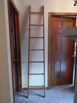 Cute Vintage Indoor Wood Ladder includes 4 Quilts in Chicago, Illinois