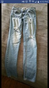 Hollister Size 7 Jeggings in Lockport, Illinois