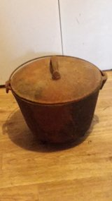 Cast-iron Dutch oven in Fort Knox, Kentucky