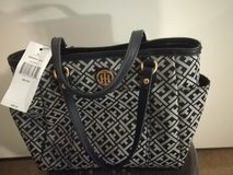 Brand New Tommy Hilfiger Purse with Tag in Stuttgart, GE