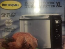 NEW & SEALED Butterball Professional Series Indoor electric turkey fryer XL in Alamogordo, New Mexico