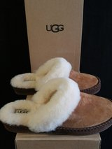 UGG Slippers Size 7  (NEW) in Camp Pendleton, California