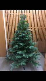 Premium Artificial Christmas Tree (Pine) 175cm in Spangdahlem, Germany