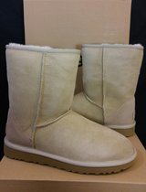 UGG Boots Size 7 (NEW) in Camp Pendleton, California