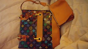 Louis Vuitton tote in Fort Leonard Wood, Missouri