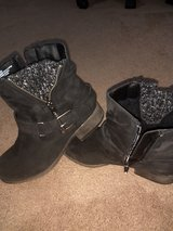 REDUCED Women 7.5 boots in Alamogordo, New Mexico