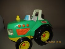 Buddy L Green Electronic Plastic Farm Tractor #9291 Year 1996 in Bolingbrook, Illinois