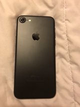 32gb Factory Unlocked For All Carriers IPhone 7 in Tinley Park, Illinois