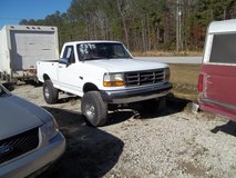 95 FORD  F 150 in Cherry Point, North Carolina