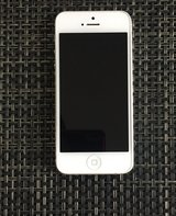 Apple iPhone 5, 16gb (perfect condition) with cases in Baytown, Texas