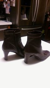 Woman's dark brown boots size 9M in Spring, Texas