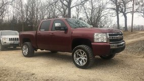 20x12 wheels m/ts chevy ford 6 lug need gone asap in Fort Leonard Wood, Missouri