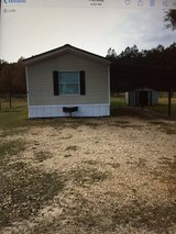 16x80 Mobile home for rent in Cottonwood community in Leesville, Louisiana