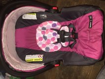 Infant girl Car seat with base in Leesville, Louisiana