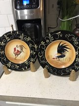 matching set of decorative plates w/stands in Leesville, Louisiana